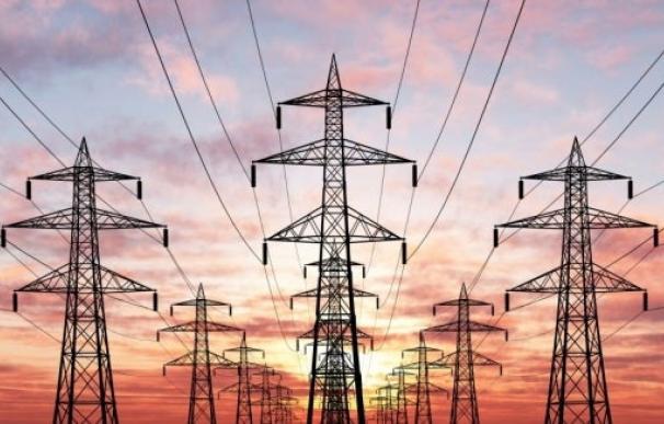 La caída del consumo afecta a los ingresos del sistema eléctrico.
