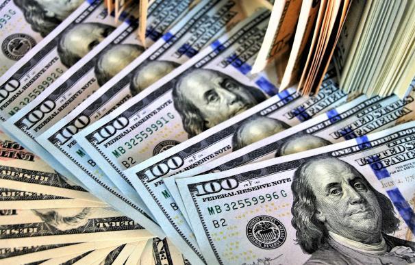 El fortaleza del dólar comienza a preocupar a los inversores.