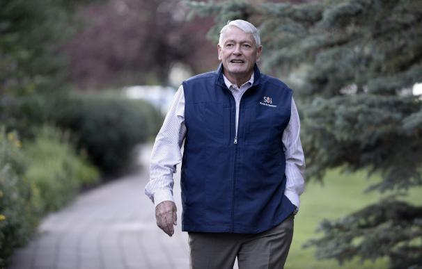John Malone, el 'Cowboy del cable' que se codea con Bill Gates y corteja a Telefónica. / EFE