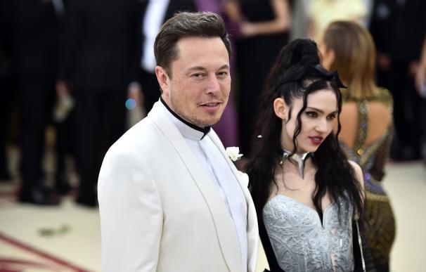 Elon Musk y su esposa./ EP