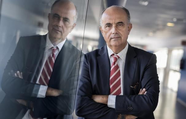 Ayuso reorienta Sanidad y sitúa a Antonio Zapatero al frente de una viceconsejería para la estrategia Covid-19