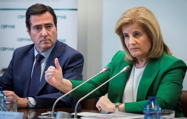 CEOE ultima el fichaje de Fátima Báñez como asesora personal de Garamendi
