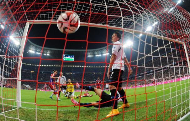 El Bayern golea al Paderborn y asume el liderato de la Bundesliga