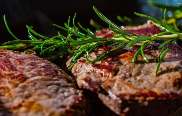 JBS, el primer productor global de carne de vacuno, entra en pérdidas por la Covid