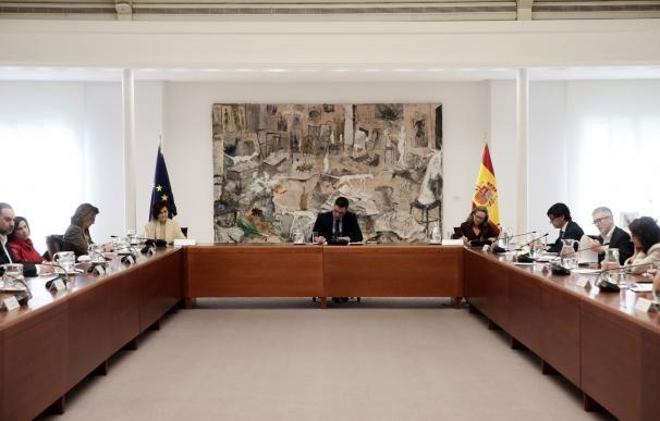 El presidente del Gobierno, Pedro Sánchez, en una de las últimas reuniones de su Gobierno sobre el coronavirus