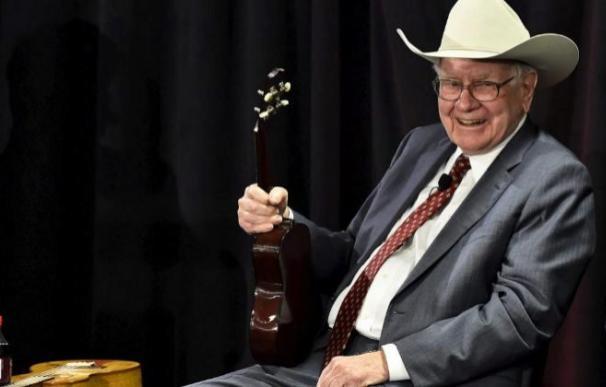 El multimillonario inversor, Warren Buffett Foto: Efe