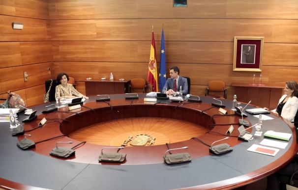 Sánchez e Iglesias pactan endurecer la ley del Clima con más exigencias a empresas