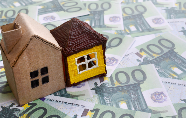 Foto de archivo: alquiler, vivienda, hipoteca