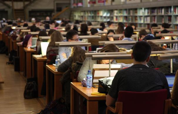 Oposiciones, estudiantes, exámentes, selectividad