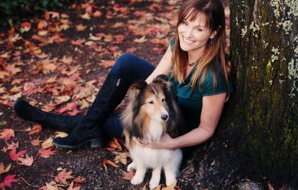 Fotografía de Kristin Morrison, la paseadora de perros que se jubiló como millonaria.