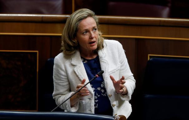 La vicepresidenta económica, Nadia Calviño, en el Congreso