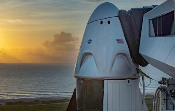 SpaceX ancha horizontal