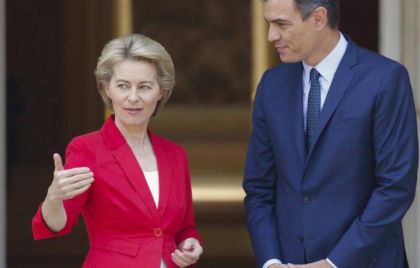 Foto Úrsula Von der Leyen Pedro Sánchez Moncloa / EFE