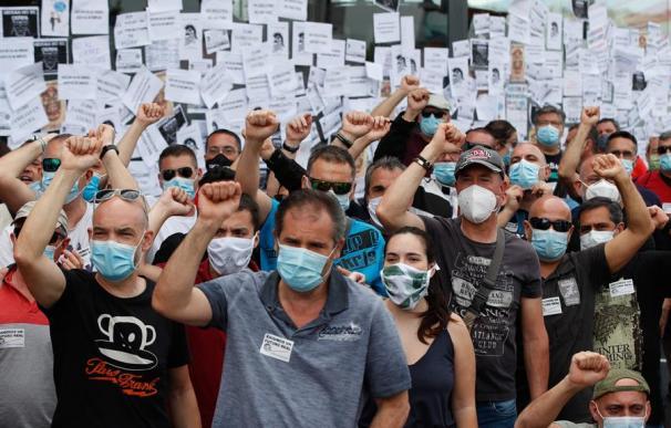 Protesta empleados Nissan Barcelona concesionarios