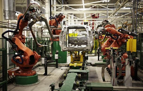 Renault inaugura una gran planta en Marruecos para producir sus Dacia