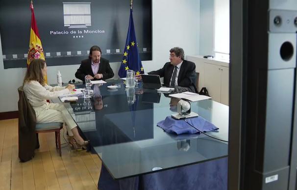 Pablo Iglesias, José Luis Escrivá y Yolanda Díaz