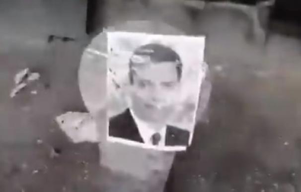 Disparos en una galería de tiro a las fotos de Pedro Sánchez y Pablo Iglesias