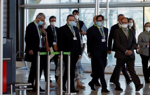 Illa y Ábalos supervisan las medidas de seguridad impuestas en el Aeropuerto Adolfo Suárez Madrid-Barajas