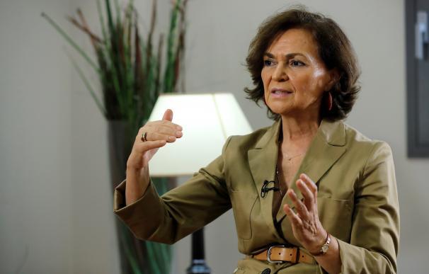 La vicepresidenta primera, Carmen Calvo, durante la entrevista de balance de la alarma con la agencia Efe.