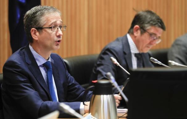 El gobernador del Banco de España, Pablo Hernández de Cos, en el Congreso