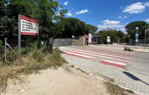 Cartel de entrada de la Residencia Doctor González Bueno, la residencia pública más grande de España, que ha cerrado sus puertas a visitas de familiares al recibir los resultados de las últimas PCR realizadas a los usuarios, que dejan una decena de casos positivos por coronavirus. En Madrid (España), a 19 de junio de 2020. 19 JUNIO 2020;RESIDENCIA DOCTOR GONZÁLEZ BUENO;NUEVOS CASOS;COVID19;RESIDENCIA DE ANCIANOS;MADRID;CORONAVIRUS 19/6/2020
