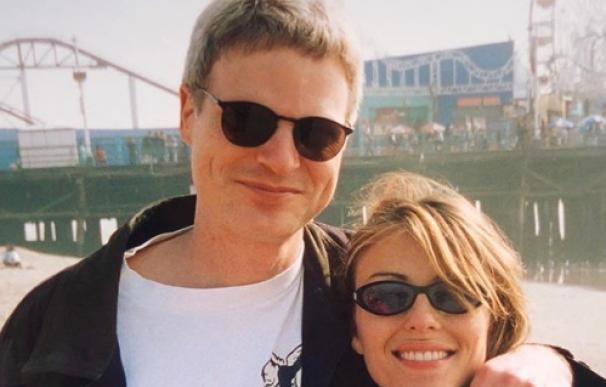 Steve Bing junto a Elizabeth Hurley.