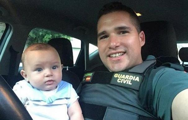 Guardia Civil niño