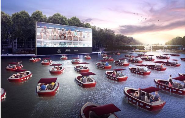 El cine flotante de París de la edición 2020 de 'Paris Plages'.