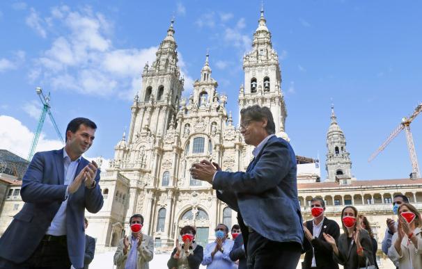 El ministro de Sanidad, Salvador Illa, y el candidato del PSdeG a la presidencia de la Xunta, Gonzalo Caballero