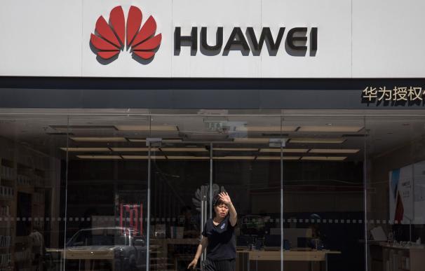 Estados Unidos presiona para limitar la expansión de Huawei