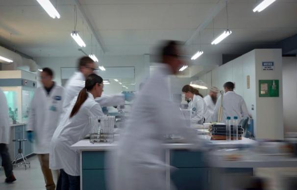 EEUU apuesta por la vacuna que desarrollan Pfizer y BioNTech