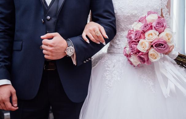 Las bodas pueden ser foco de contagio del coronavirus.
