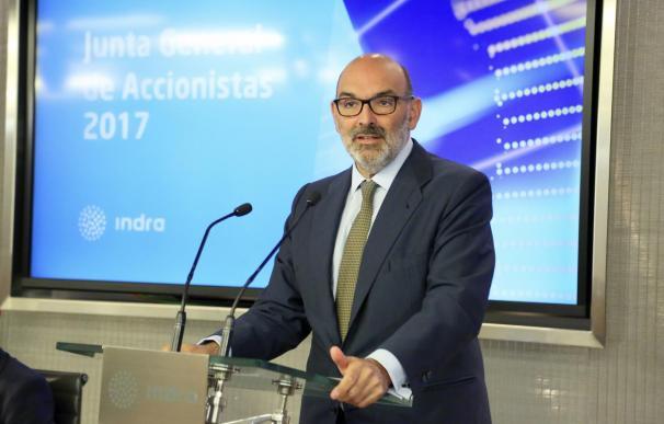 Fernando Abril-Martorell cumple cinco años al frente de Indra con una caída del 40% en bolsa.