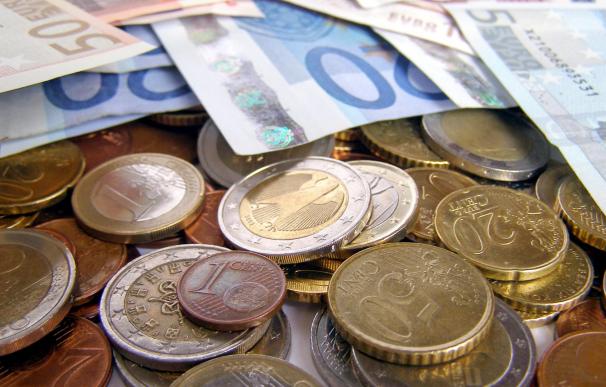 Los bancos pueden cobrar comisión por ingresar monedas.