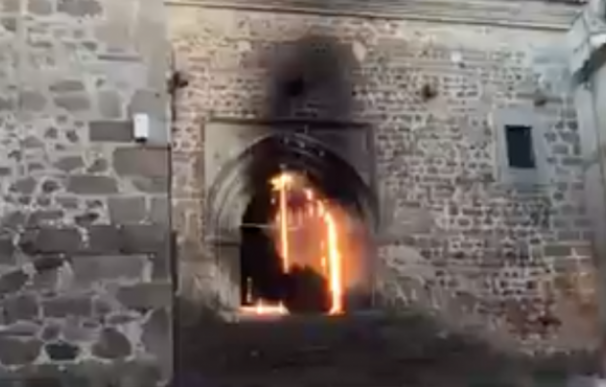 Incendio Iglesia San Martín de Plasencia