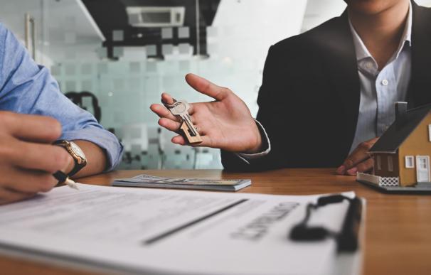 Las agencias inmobiliarias pueden firmar contratos de exclusividad para vender casas.