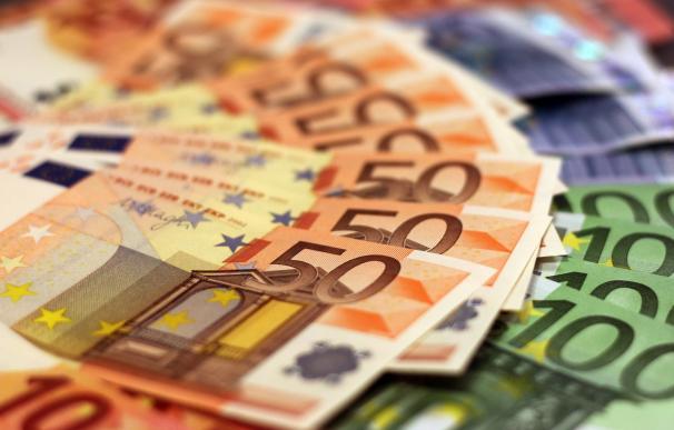 El Tesoro regresa a los mercados en pleno avance de casos de coronavirus en España