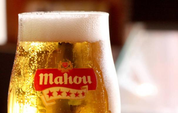 Una cerveza Mahou.