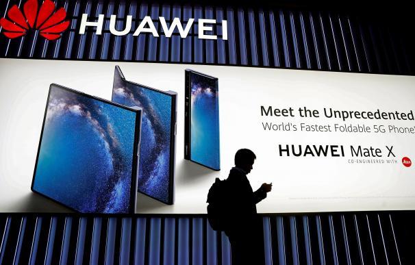 El Gobierno deja pendiente la 'ley 5G' que regulará el papel de la china Huawei.