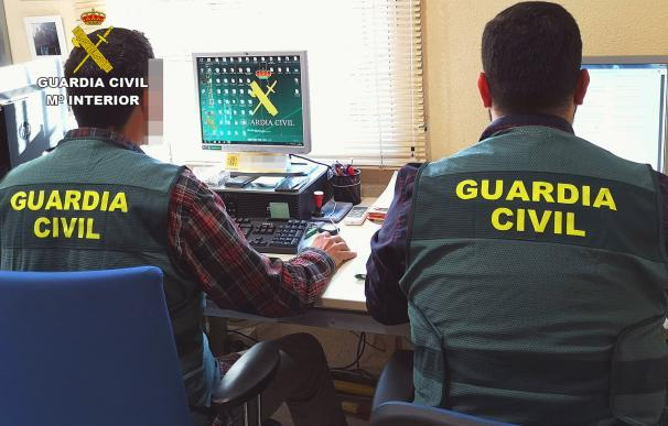 Agentes de la Guardia Civil durante una investigación GUARDIA CIVIL 06/04/2020