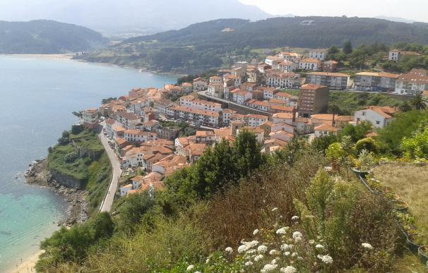 Lastres es uno de los pueblos más bonitos de España donde hay viviendas baratas.