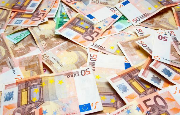 Colin Weir, ganador del Euromillones, gastó 40 millones en 8 años.