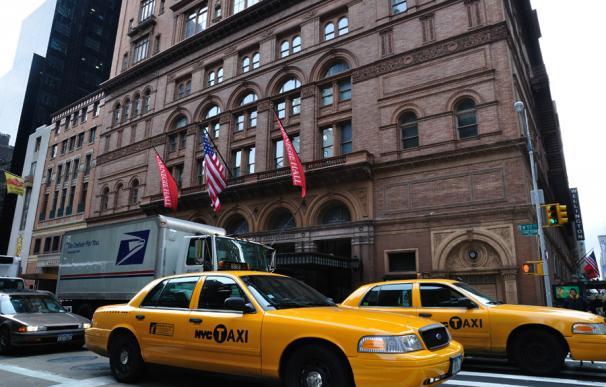 Taxis circulando por la ciudad de Nueva York