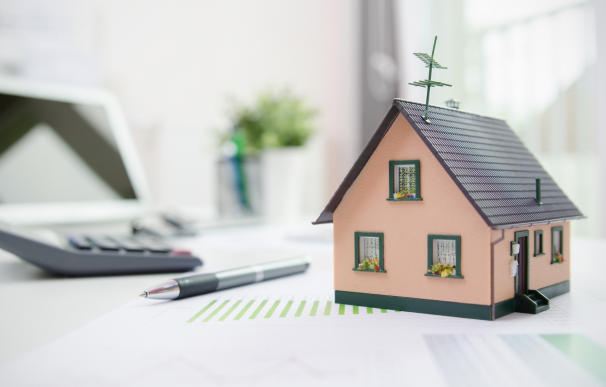 La revisión de la hipoteca por parte del banco puede implicar ahorro.