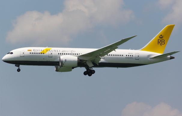 Un avión de Royal Brunei Airlines en un vuelo.