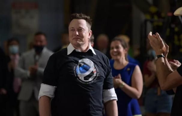 El fundador y CEO de SpaceX, Elon Musk, en el Centro Espacial Kennedy de la NASA