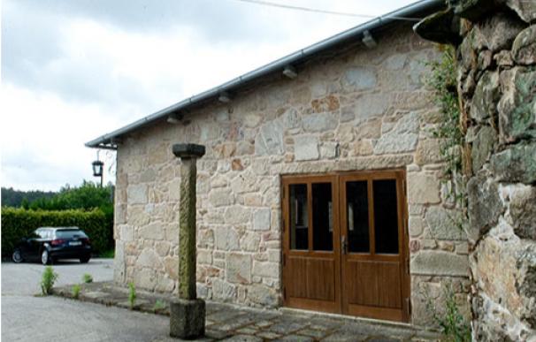 La casa embargada a la venta en Rois (A Coruña).