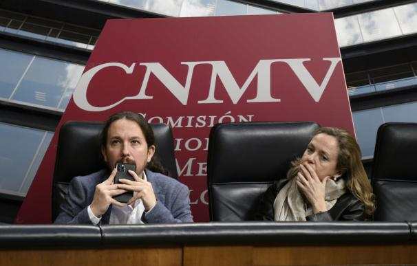 Pablo Iglesias y Nadia Calviño velan armas de cara a la próxima renovación de la CNMV