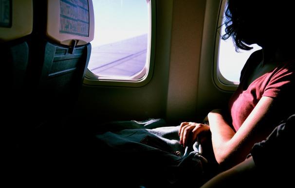 Pasajera de un avión