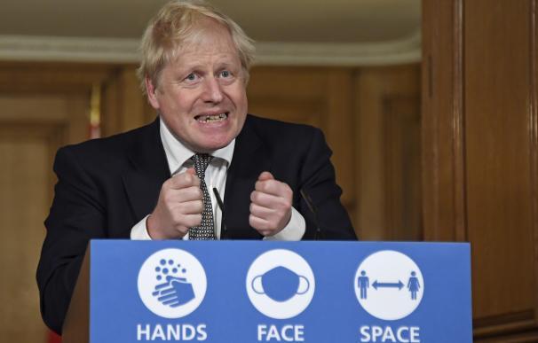 El primer ministro del Reino Unido, Boris Johnson, en una rueda de prensa.